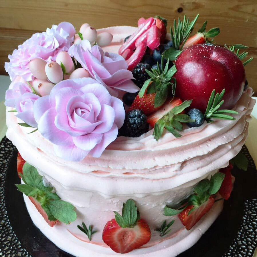торт-с-цветами-ручной-работы
