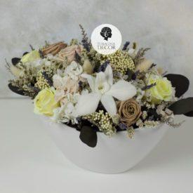 Интерьерная-флористика-из-стабилизированных-цветов