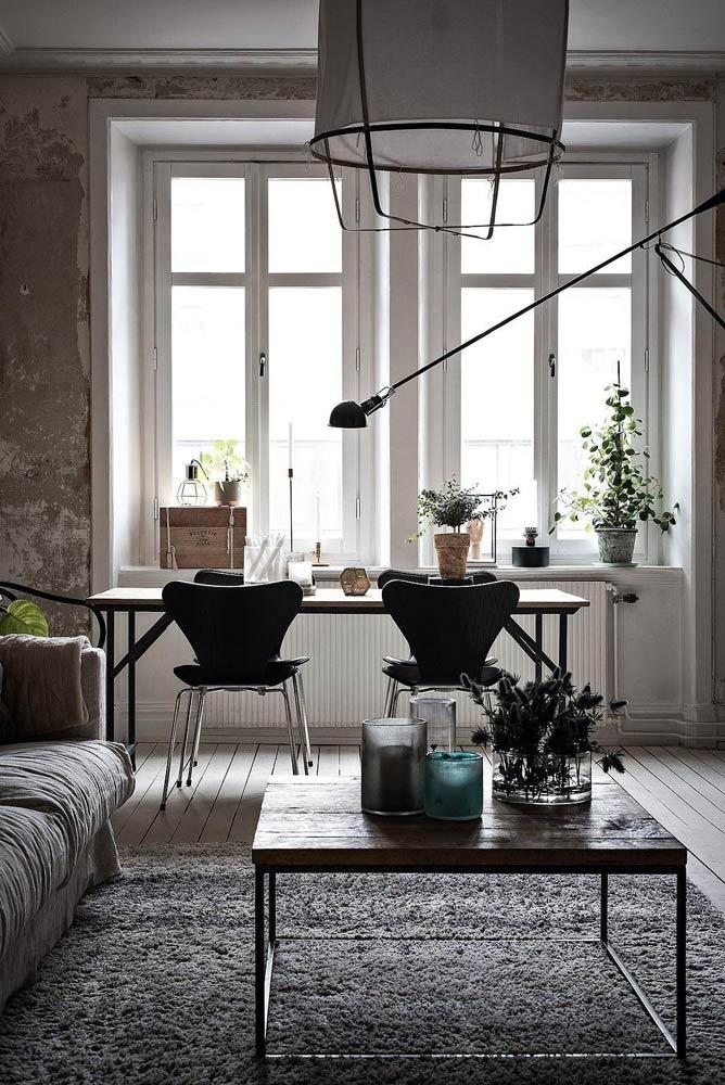 Серый-ковёр-и-флористика-в-интерьере