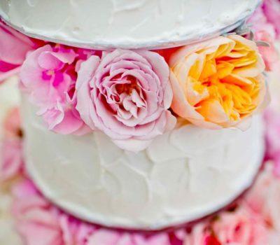 Цветы, запрещенные для украшения тортов. Список ядовитых цветов