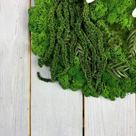 как крепить мох на картину